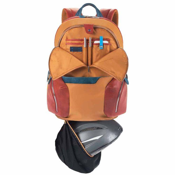 Wygodny plecak Coleos włoskiej marki Piquadro dla miejskich rowerzystów, sportowców, do pracy, do szkoły i na uczelnię. Kolekcja plecaków Coleos charakteryzuje się bardzo wysoką użytecznością. Plecaki Coleos zostały nagrodzone w konkursie Design Awards 2013, w prestiżowym Wallpaper Magazine. Najciekawsze rozwiązania: - dodatkowa kieszeń np. na kask - pokrowiec na mp3 z wyjściem słuchawkowym - pokrowiec wodoodporny - płaszcz przeciwdeszczowy - możliwość mocowania na walizce Butik Multicase