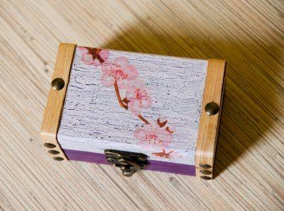 Mała szkatułka- Japońska wiśnia II