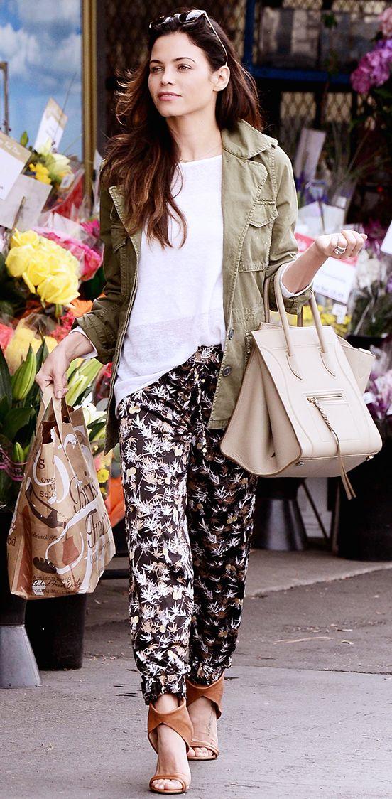 Jenna Dewan-Tatum wearing a white t-shirt, printed pants, and tan heels