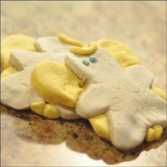 Check out this recipe for homemade bakeable clay recipe - great for making holiday ornaments! Would even be great for making Fall leaves or turkeys for Thanksgiving table decor!