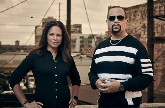 #Media #Oligarchs #MegaBanks vs #Union #Occupy #BLM #SDF #Humanity  Soledad O'Brien and Ice-T Ask, 'Who Shot Biggie & Tupac?' in Upcoming Fox Special  http://www.colorlines.com/articles/soledad-obrien-and-ice-t-ask-who-shot-biggie-tupac-upcoming-fox-special  The journalist and rapper-actor will host the two-hour special, which features never-before-seen footage including Biggie talking about Pac's death.  One of the country's best-known broadcast journalists of color has teamed up with a…