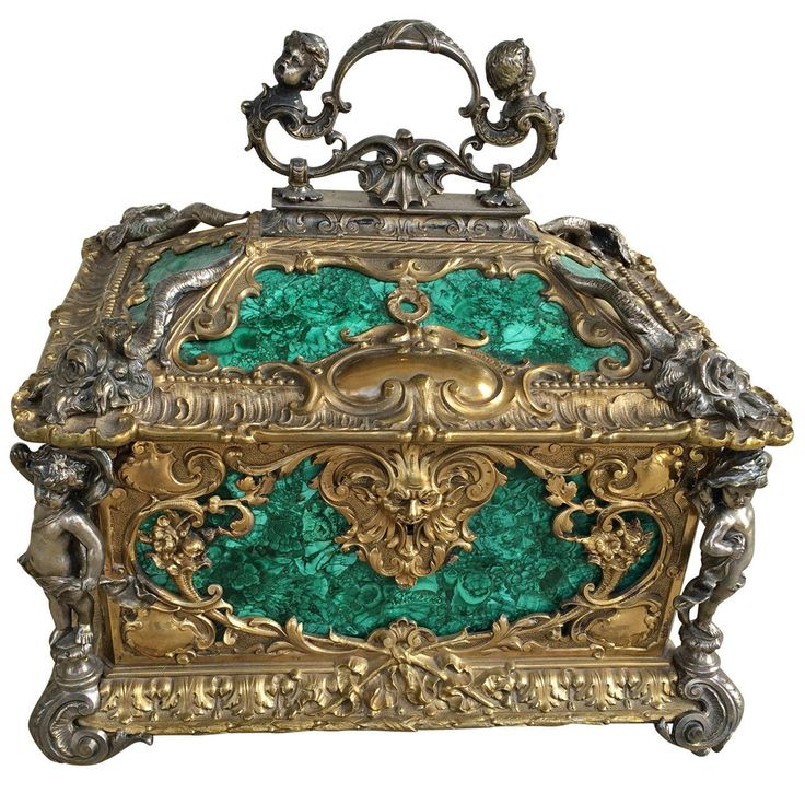 19th Century French Malachite Box | From a unique collection of antique and modern decorative boxes at https://www.1stdibs.com/furniture/more-furniture-collectibles/decorative-boxes/