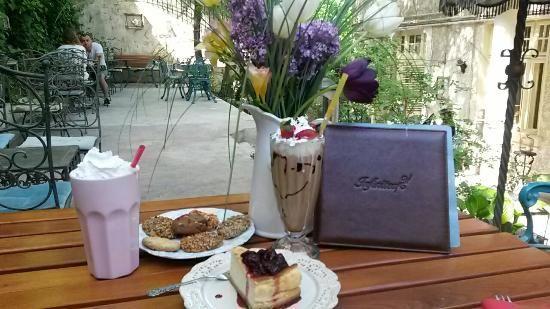 #CeainariaInfinitea #ceai #ceainarie #CartierulCotroceni #Cotroceni  #ghid #urban #cartier #relaxare  www.cotroceni.ro