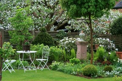 maigarten wohnen und garten foto die sch nsten leserbilder pinterest gardens and garten. Black Bedroom Furniture Sets. Home Design Ideas