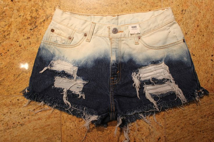 Ombre shorts = <3Shorts Outfit, Highwaisted Shorts, Ombre Shorts, Ombre Highwaisted