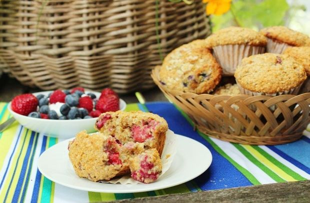Get stuffin' your muffins with berries