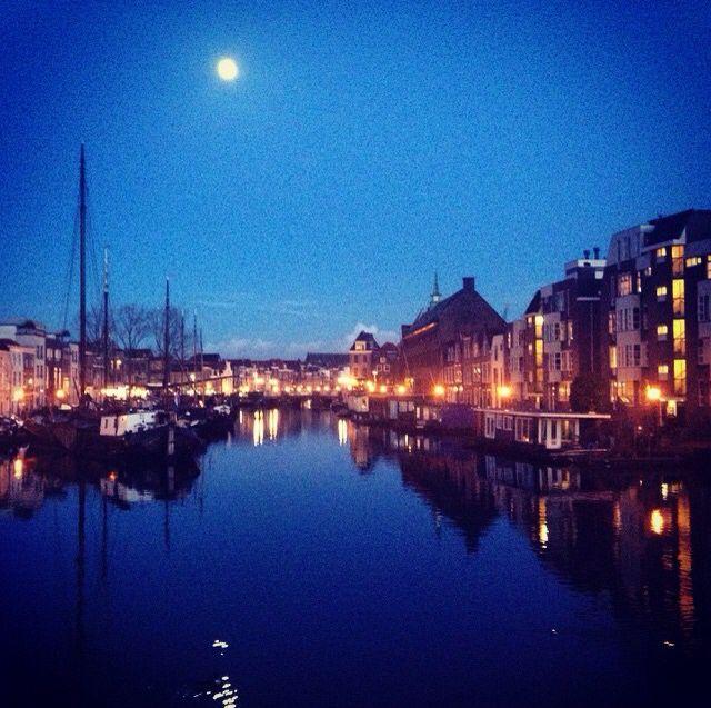 Holland, Leiden's night