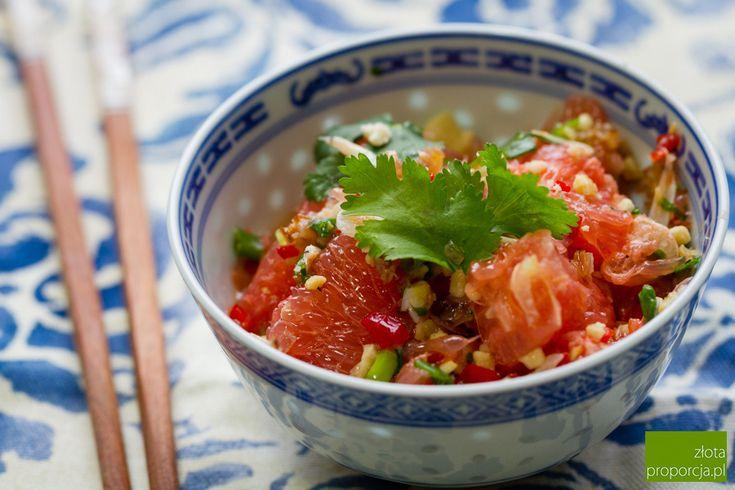 Yam som o - tajska sałatka z pomelo