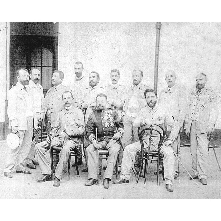 OFICIALES ESPAÑOLES EN LA GUERRA DE CUBA: 1898Descarga y compra fotografías históricas en | abcfoto.abc.es