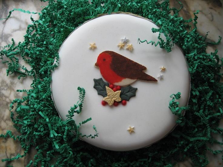 Christmas Cake Ideas Robin : 47 best images about Christmas Cake on Pinterest Star ...