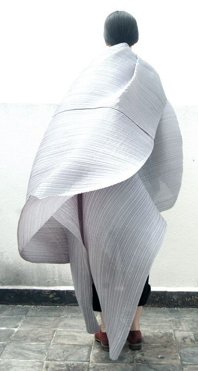 Issey Miyake.  [ Lucid. Minimal Style. The CV ]