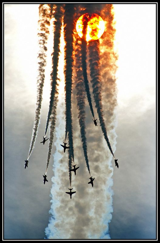 Red Arrows: Poetry in Motion