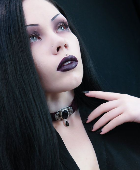 Dark Burgundy Victorian gothic  choker by NoirRomantique Model: Ree Ree Phillips Photo:alterd_mind