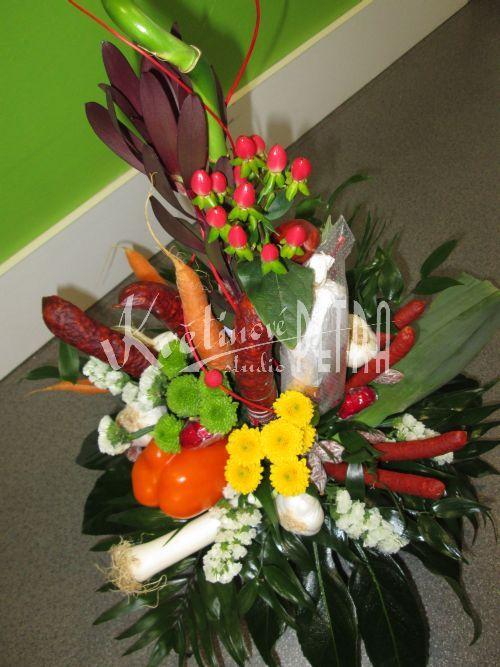 Dárkové květiny | Kytice pro pány - klobásové | Klobásová kytice Michal | Květiny online, prodej a rozvoz květin