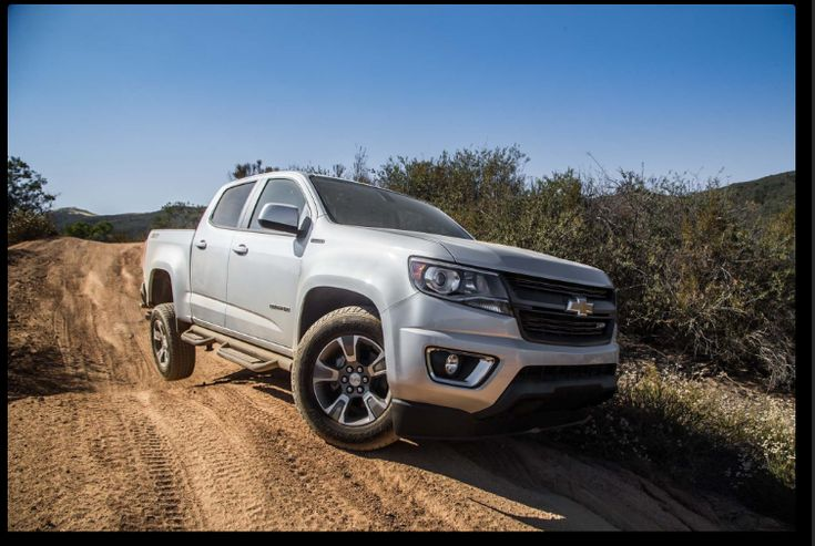 The 2019 Chevy Colorado offers outstanding style and technology both inside and out. See interior & exterior photos. 2019 Chevy Colorado New features complemented by a lower starting price and streamlined packages. The mid-size 2019 Chevy Colorado offers a complete lineup with a wide variety of finishes and features, two conventional engines.
