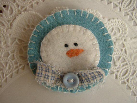 Primitive Wool Snowman Penny Rug Pin Brooch by pennysbykristie
