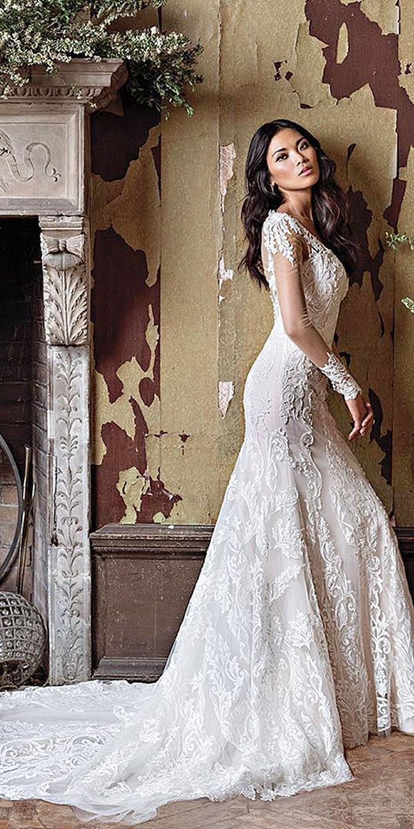 lace long sleeve vintage inspired bridal wedding dresses with train by justin alexander
