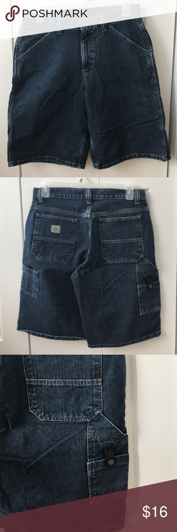Mens carpenter pocket denim jean shorts New without tags, washed once. Size 32, Lee Dungarees with pockets on each side as shown in pics. Offers welcome with the offer button only please! Lee Dungarees Shorts Jean Shorts