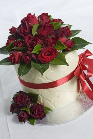 Cake Decorating In Oakleigh : 53 best images about Sweet ~ Heart Cakes on Pinterest