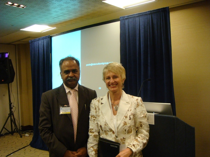 DR. Thaker with faculty at the WORLD HRD congress at Dubai