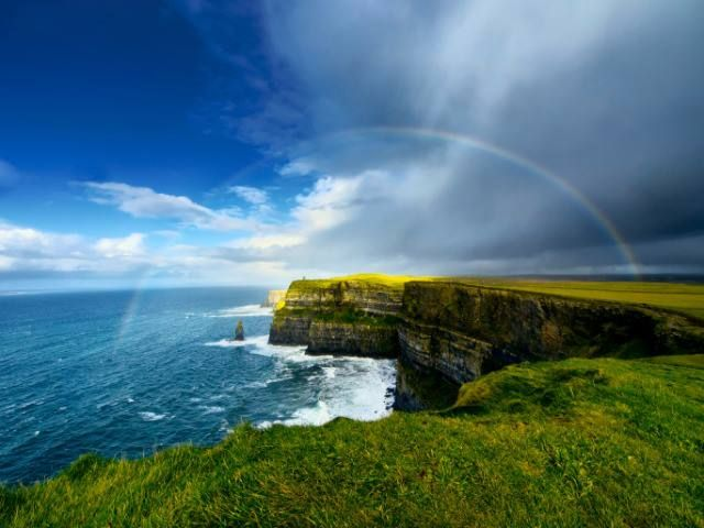 Amazing Rainbow at the Cliffs of Moher, Ireland http://www.irelandinsiderguide.com/