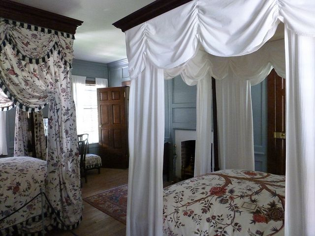 Pictures inside peyton house williamsburg