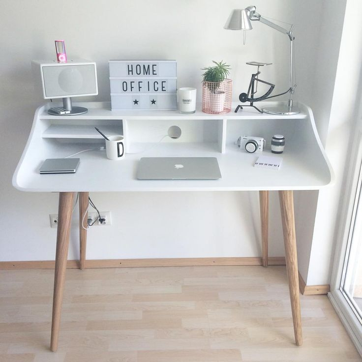 Schreibtisch im Scandistyle von Made – #ecke #im #…