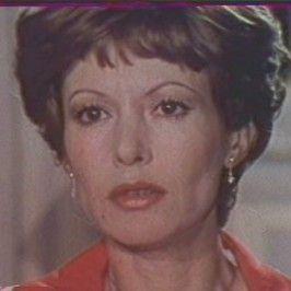 Pascale Audret, de son vrai nom Pascale Aiguionne Louise Jacqueline Marie Auffray (née le 12 octobre 1935 à Neuilly-sur-Seine et morte dans un accident de la route le 17 juillet 2000 à Cressensac (Lot), est une actrice française.  Sœur du chanteur Hugues Aufray et de l'essayiste Jean-Paul Auffray, elle est la mère de l'actrice Julie Dreyfus