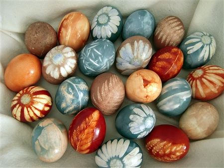 Pretty pretty! Natural dyed easter eggs