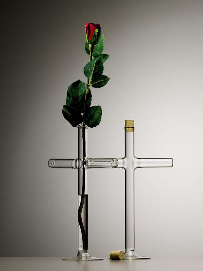 Cross vase — Qubus