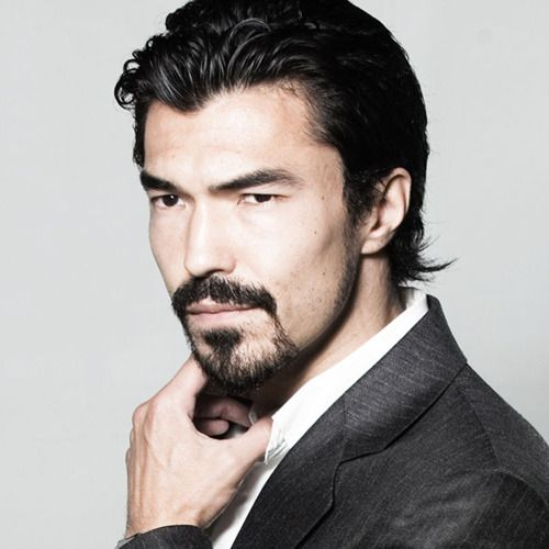 "Ian Anthony Dale    (Japanese, French, English) [American]    Known as: Actor (TV: Simon Lee in ""The Event"", Avatar Gamma in ""Charmed"", Davis Lee in ""Surface"", Detective Christopher Choi in ""Day Break""; Movies: ""Tekken"", ""Mr. 3000"", ""The Bucket List"", ""The Hangover"")"