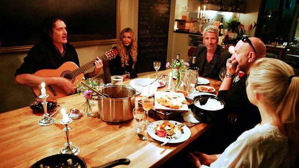 Soul Kitchen - Die etwas andere Kochshow mit Kante, Laura Karasek, Dolly Buster und Frank Spilker: http://www.wihel.de/soul-kitchen-die-etwas-andere-kochshow-mit-kante-laura-karasek-dolly-buster-und-frank-spilker_41988/