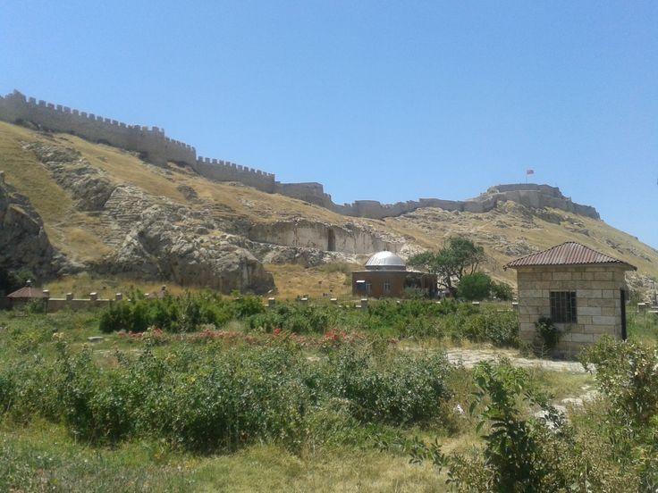 Akdamar Ada'sı - Edremit -Van Kalesi - Sarıkamış - Palandöken - Zigana - Hamsikköy - Çat Yolu - Çat Barajı - Kızkulesi ve Erzincan görsel manzarası