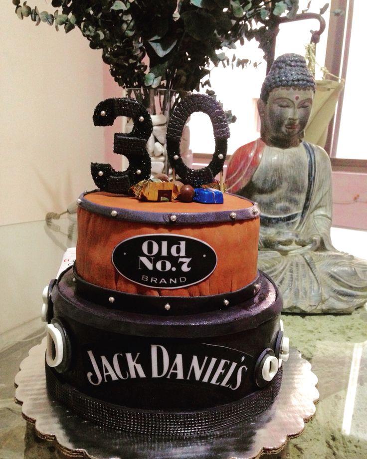 Jack daniels fondant cake