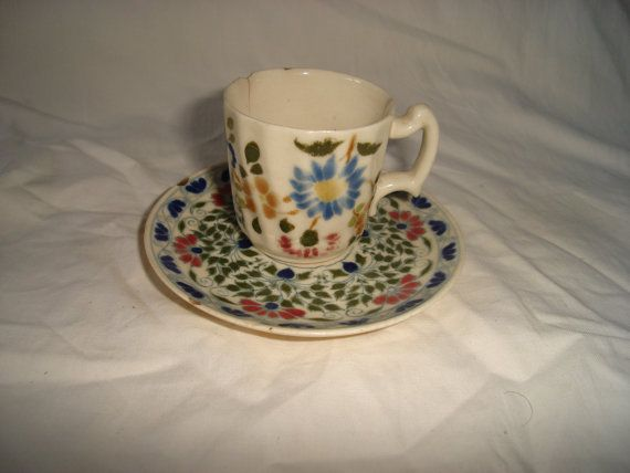 Hungarian Zsolnay teapot and underplate from 1880 135 by Diamir