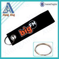 siyah keçe malzeme anahtarlık metal anahtarlık ile, m.turkish.alibaba.com adresindeki Hediyeler ve El Sanatları - Anahtarlıklar kategorisinde.