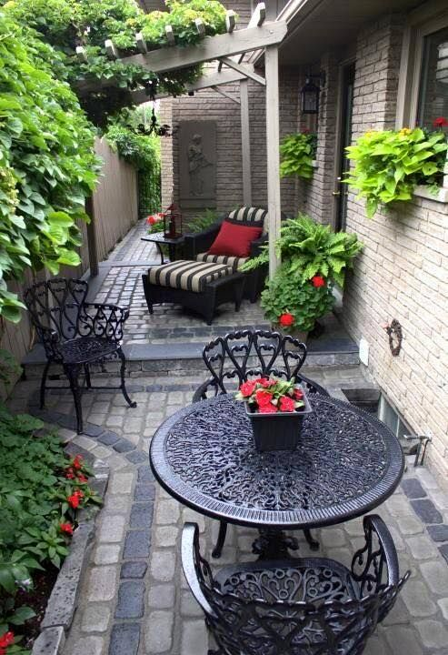999 best Enchanting, eccentric and quirky garden things ... on Side Patio Ideas id=41694
