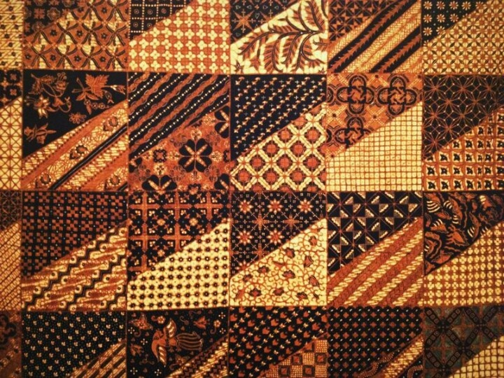 Tambal Pamiluto, a traditional classic batik pattern used to attract a person you love...