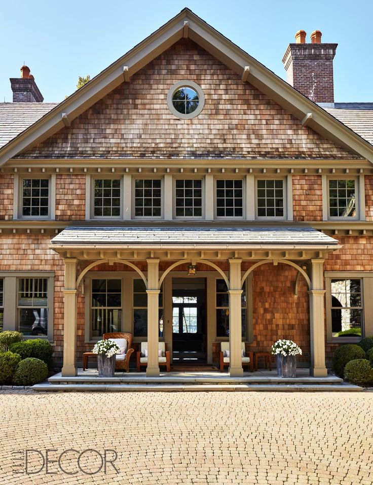 """Bruce Willis' Life at Home with Wife Emma and Two Daughters is 'Filled with Joy' and the 'Chatter of Little Girls'  Bruce Willis may have just discovered the secret to parenting. When friend and Elle Décor guest writer M. Night Shyamalan asked the actor where he likes to spend a quiet moment at the Bedford Hills, New York, house he shares with wife Emma Heming Willis and their two daughters, Mabel, 5, and Evelyn, 3, he reveals: """"My office works. I've made it so boring in there that t.."""