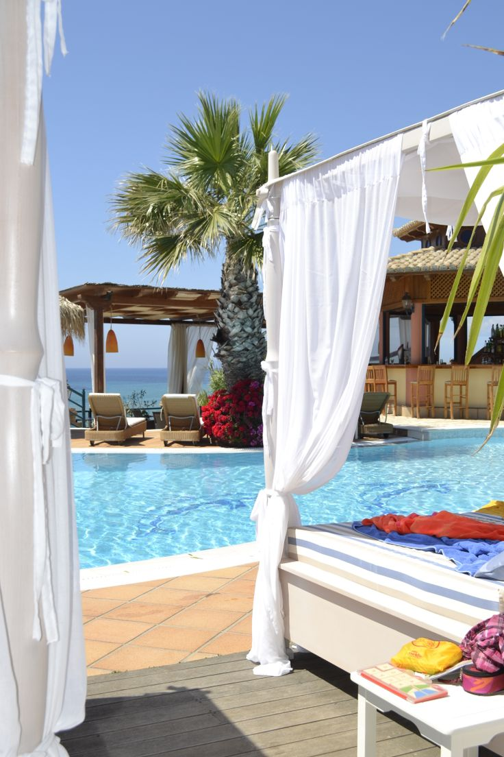 Corfu Hotel Delfino Blu is a small boutique hotel that will captivate all visitors with its beautiful simplicity and the relaxing atmosphere. http://www.delfinoblu.gr/