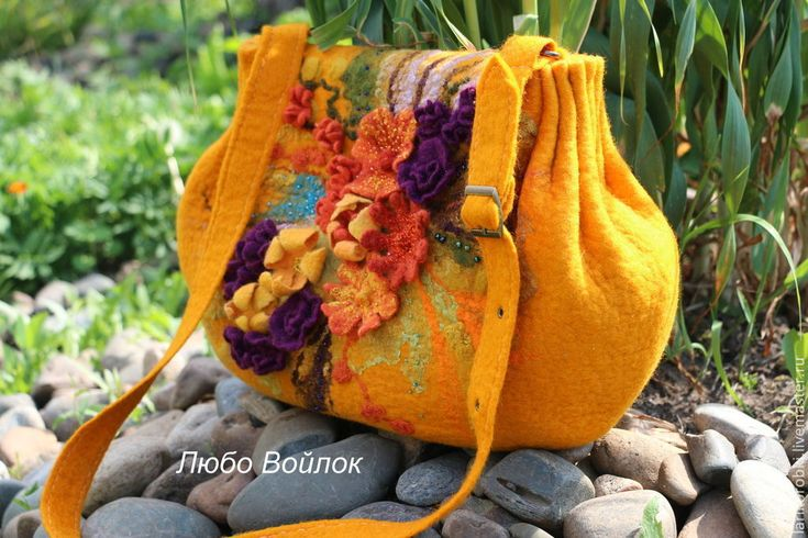 """Купить Валяная сумка-хобо """"Летний полдень"""" войлочная с цветами желтая - рыжий, рисунок"""