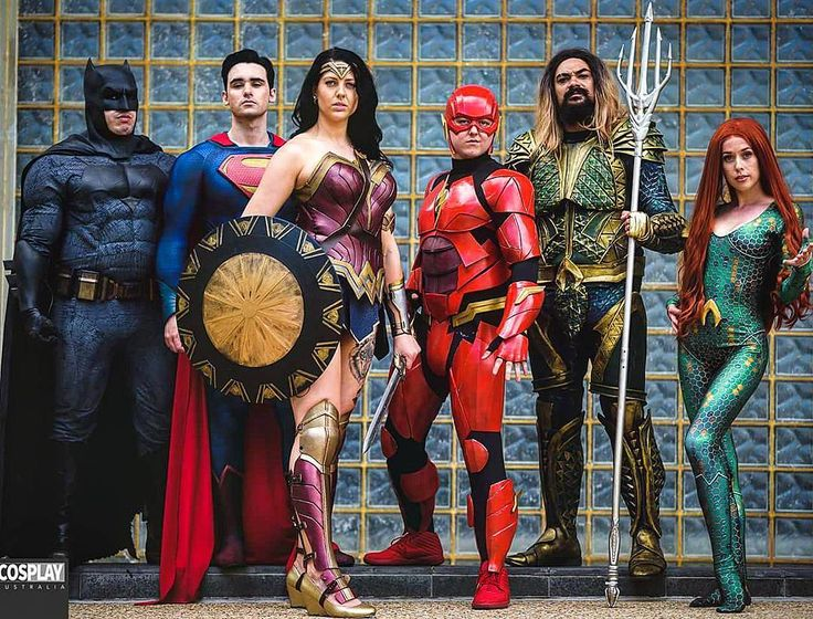 2 days until the Premier of the Justice League Movie so we United the League at Brisbane Supanova Comic Con & Gaming in preparation.  Batman: by me Aquaman: by @aquamancosplay The Flash: by @riza_ginnivan Superman: by @the_man_of_silva Mera: by @jeannieco https://pagez.com/4136/36-rickdiculous-rick-and-morty-facts