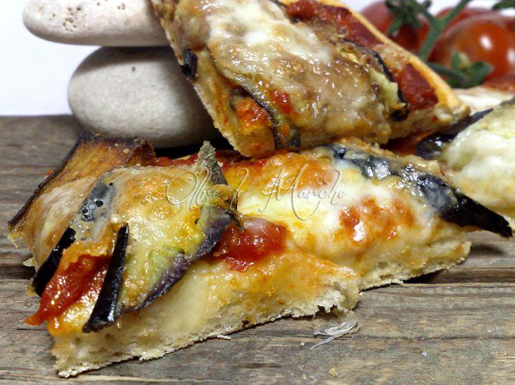 Pizza alla Parmigiana, gustosa | Oltre le Marche