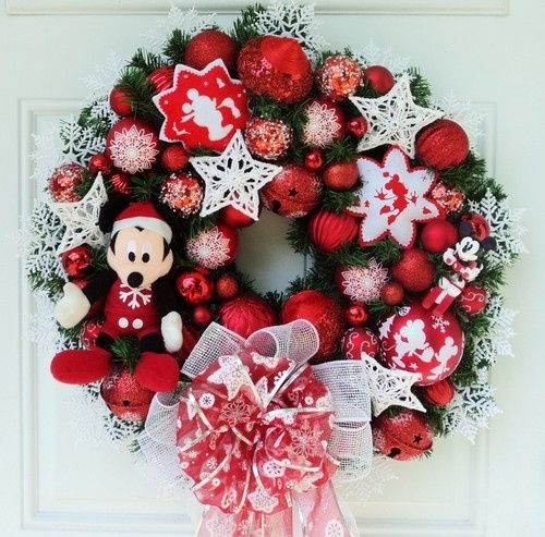 Disney Mickey Mouse Christmas Wreath ~ Red and White Snowflakes  ebay