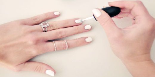 Λευκά νύχια για το καλοκαίρι!