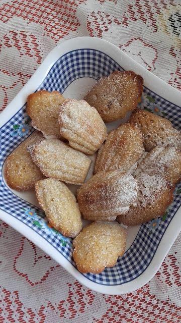 Mézes - fűszeres madeleine