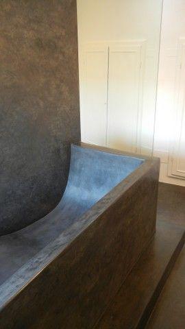Tadelakt Keloe - particolare di vasca in muratura rivestita con la tecnica del Tadelakt