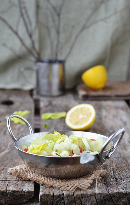 Салат из журнала Джейми. Сельдереевый салат.