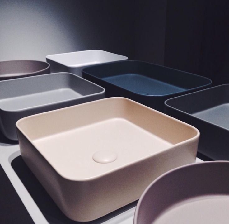 Lavabi da appoggio Shui Comfort collection - by CIELO - design P. D'Arrigo #bathroom # ceramic #design #inspiration #leterredicielo #washbasin #colour