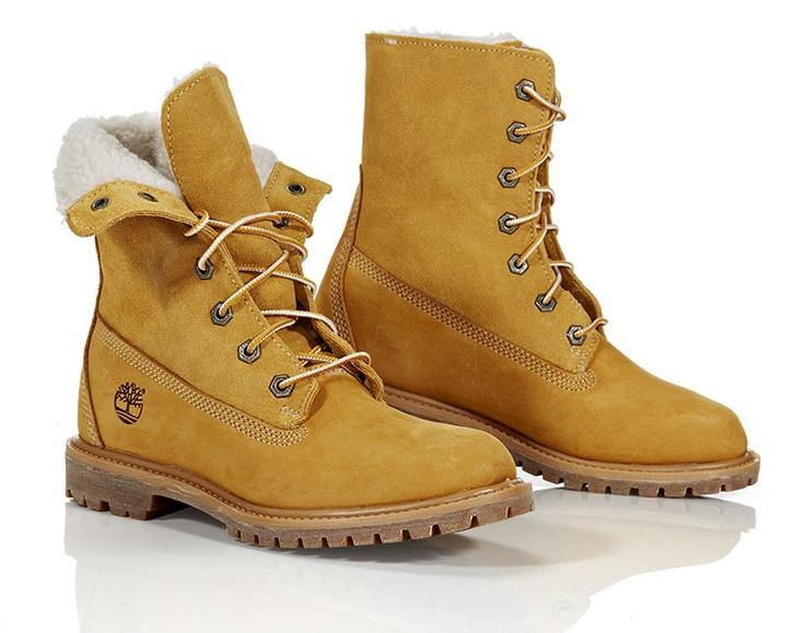 Timberland Teddy Fleece Fold Down Boot. Vedenpitävät naisten kengät käännettävällä varrella. Koot 36-41.5. 169 €. - Timberland